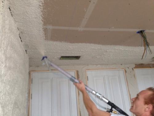 Edobrag spuiten muur en plafond